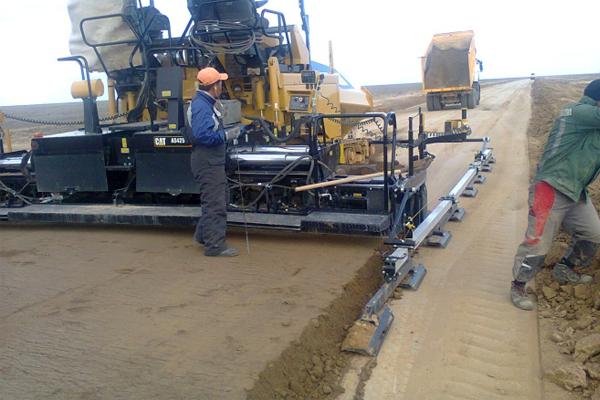 укладка дорог с применением стабилизаторов грунта